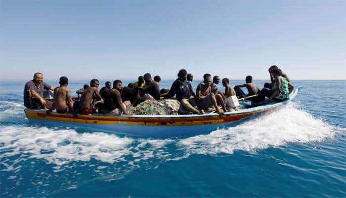 More than 100 migrants missing after shipwreck off Libya: Navy