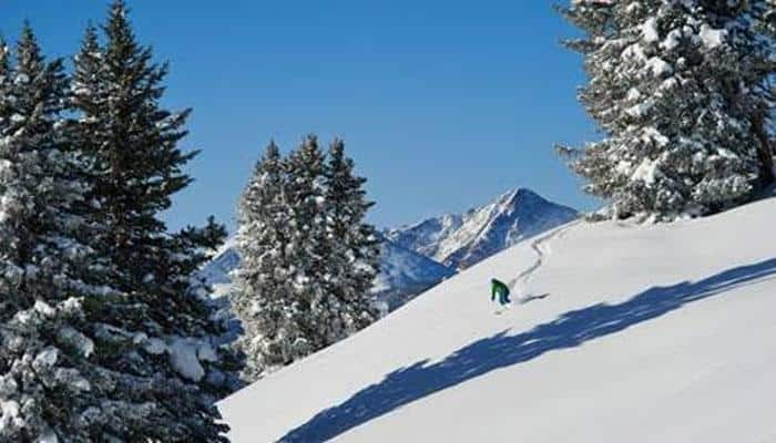 Top 5 Colorado resorts for Skiers and Snowboarders!