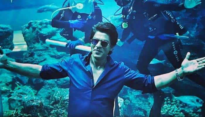 Shah Rukh Khan reunites with leading ladies of his career, recreates iconic KKHH poster