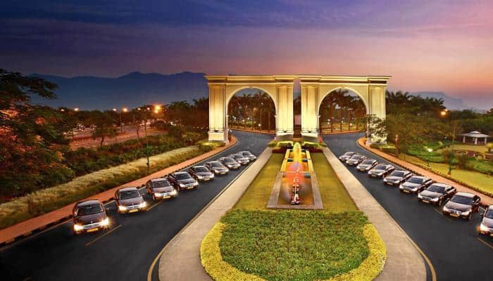 Hand over Aamby Valley to receiver within 48 hours: SC to Sahara