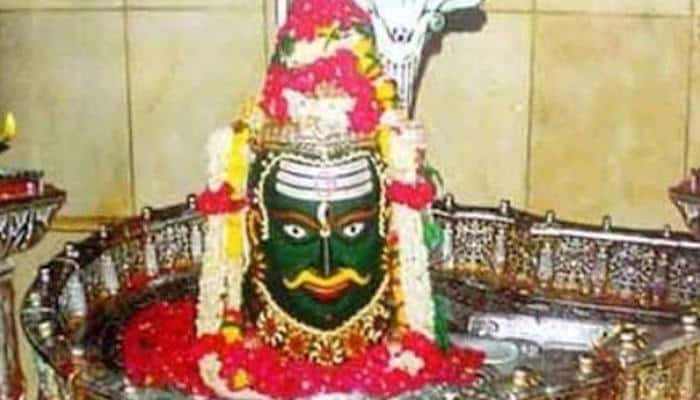 Ujjain's Mahakal temple priests openly violate SC ruling, keep 'Shivling' uncovered during 'bhashma aarti'