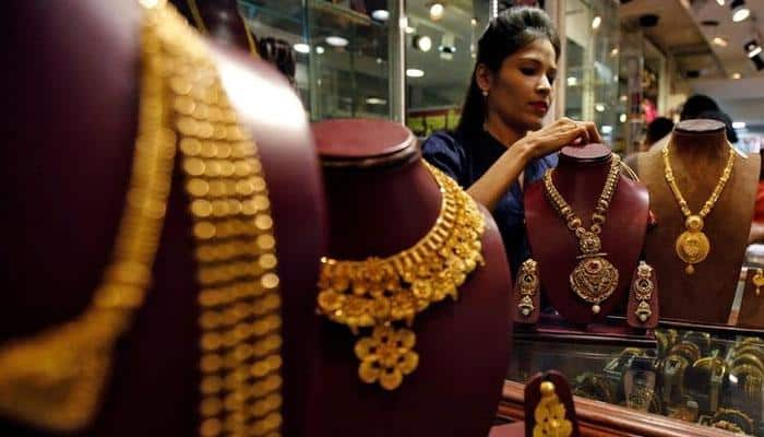 India's gold imports may fall 25% in December quarter