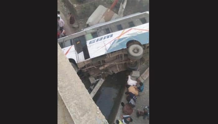 2 dead, over 30 injured as bus fall off flyover in Uttar Pradesh's Hardoi
