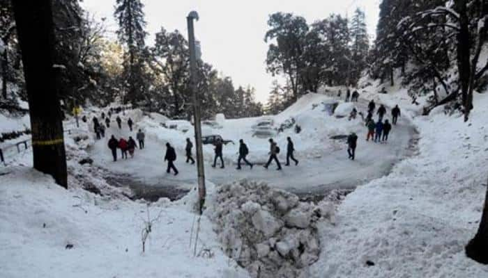 Himachal Pradesh witnesses chilly-sunny day, Shimla freezes at 6.9 degrees Celsius