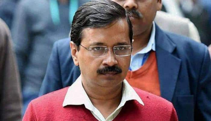 Kejriwal visits Kamla Market, orders enhanced compensation for fire-hit shopkeepers