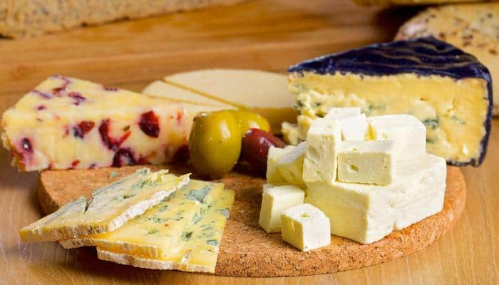 Daily consumption of cheese linked to reduction in heart attack, stroke risk