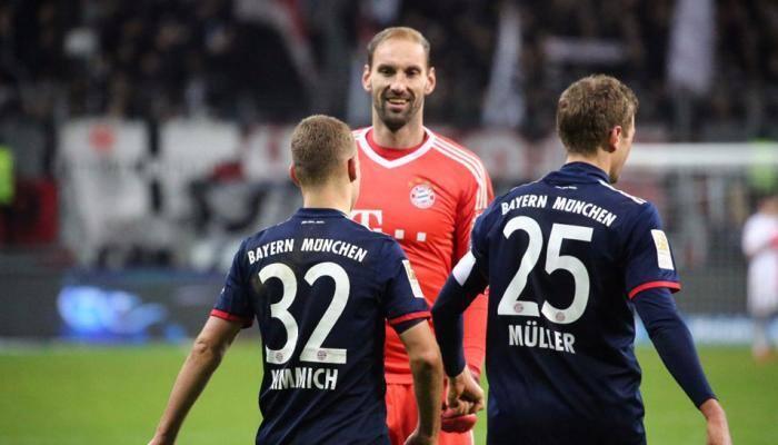 Bundesliga: Veteran Tom Starke dusts off gloves as Bayern Munich extend lead