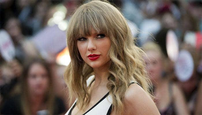 Taylor Swift Helped A Homeless Fan Buy A House Music News Zee News