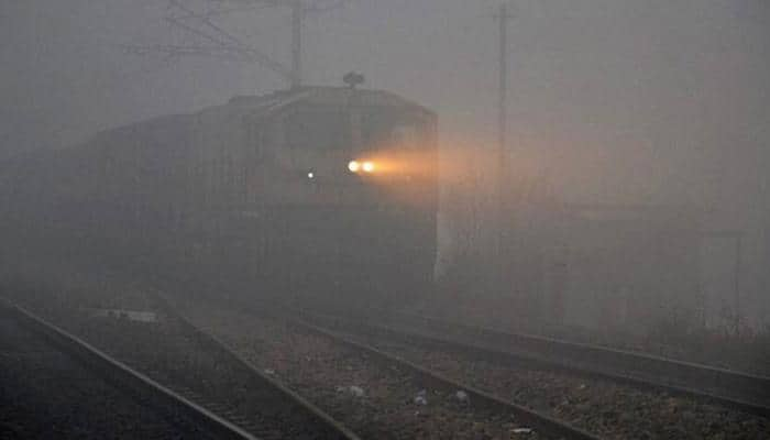Dense fog in Delhi; 26 trains delayed, 17 cancelled due to low visibility