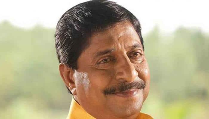 Noted Malayalam actor Sreenivasan hospitalized in Kochi