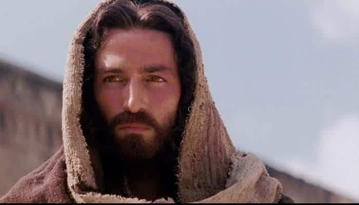 Jim Caviezel in talks play Jesus in 'Passion of the Christ' sequel