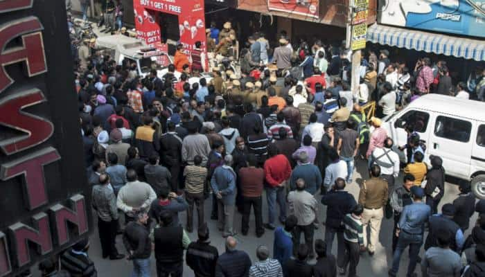 Delhi bandh against sealing drive today; traders to go for 'chakka jam', protest march