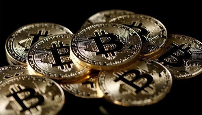 Bitcoin slides below $6,000; half its value lost in 2018