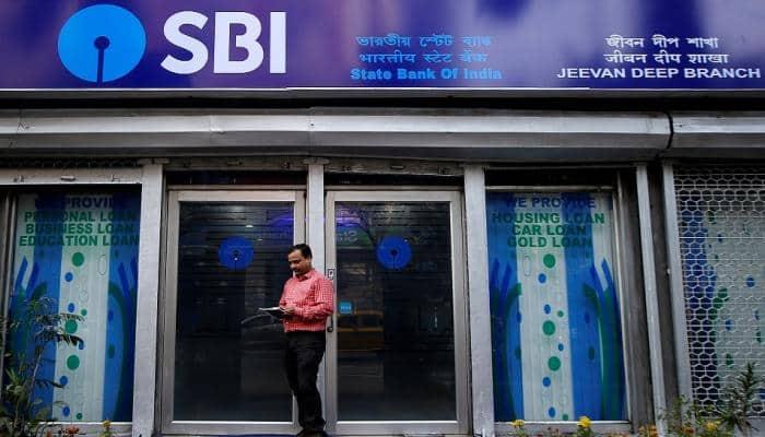 Bad loans hurt state-run banks, push SBI to surprise third-quarter loss