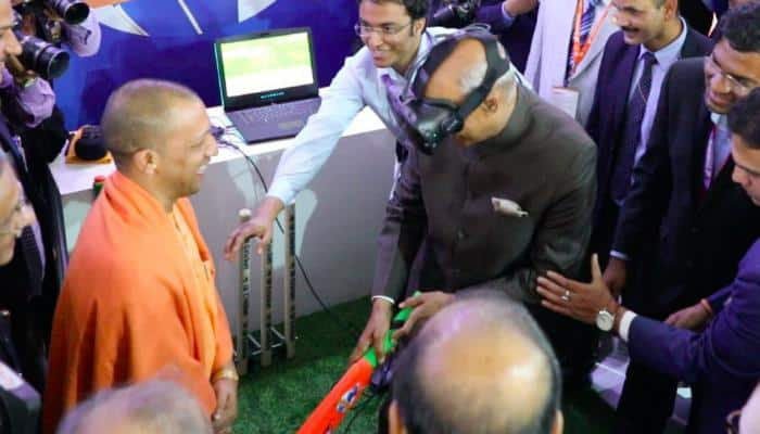 When President Ram Nath Kovind played cricket in 'virtual reality'