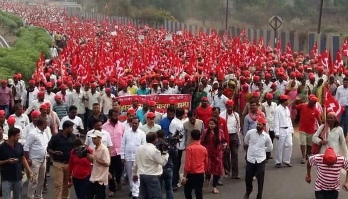 30,000 farmers hold anti-BJP rally in Maharashtra; Shiv Sena, MNS extend support