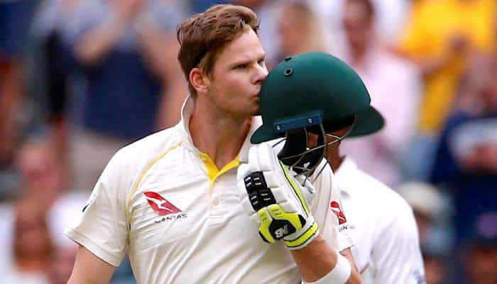 Cape Town crowd boos Australia after ball-tampering scandal