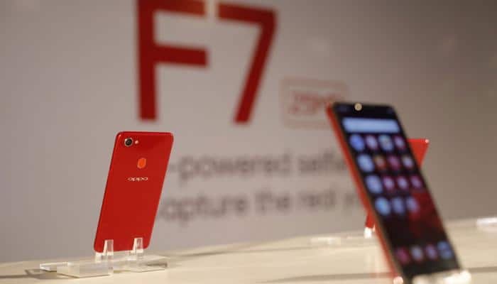 Oppo F7 flash sale kicks off on Flipkart – All you want to know