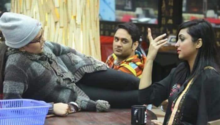 Bigg Boss 11 arch rivals Sapna Choudhary and Arshi Khan unite in Haryana
