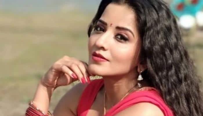 Bhojpuri actress Monalisa's Jhuma Boudi look from Dupur Thakurpo season 2 is unmissable! See pic