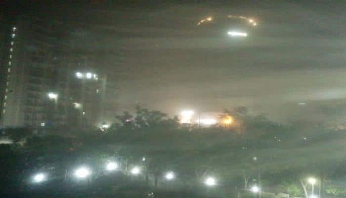 Dust storm lashes Delhi and adjoining areas of NCR, emergency services put on alert