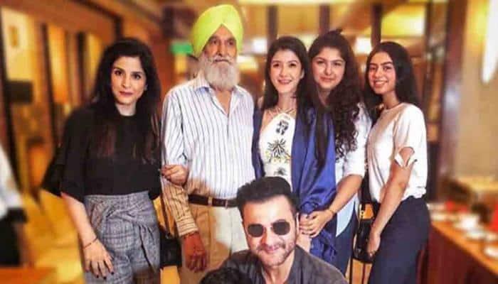 Arjun Kapoor's sister Anshula, Khushi attend cousin Shanaya's graduation ceremony — See photos