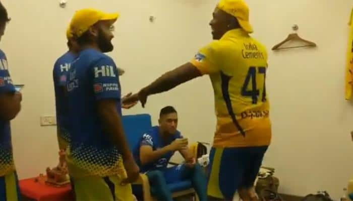 Dwayne Bravo gives a 'groovy tribute' on whistle podu to MS Dhoni after CSK win - Watch