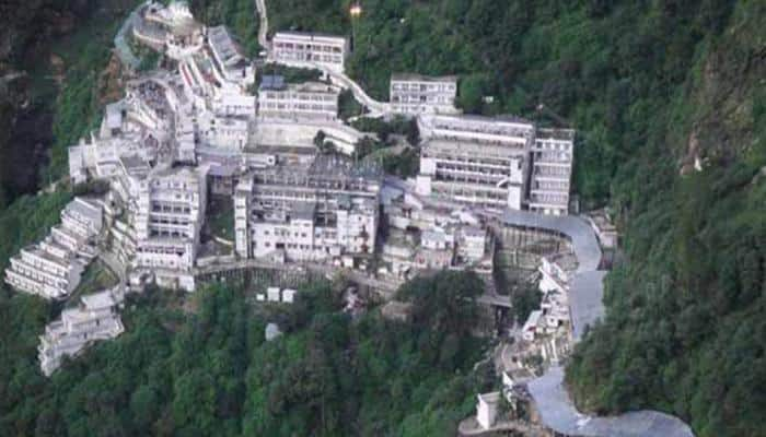 Vaishno Devi yatra remains suspended for second consecutive day due to forest fire, IAF helicopters deployed