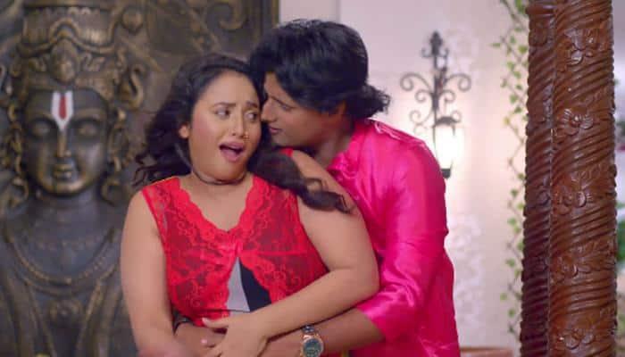 Bhojpuri siren Rani Chatterjee's sizzling dance song 'Aawate Palang Pe Dehiya' is a hit on YouTube! Watch