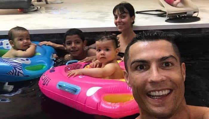 Cristiano Ronaldo S Girlfriend Georgina Rodriguez Shows Off Diamond Ring Sparks Engagement Rumours Fifa News Zee News