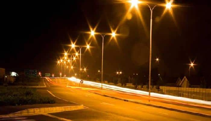 Bengaluru spared from darkness as contractors end strike, switch on streetlights