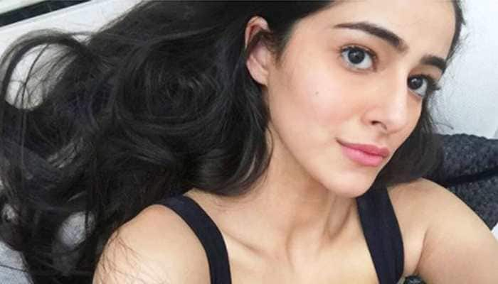 Ananya Panday's latest pic proves daddy Chunky Pandey is her style inspo