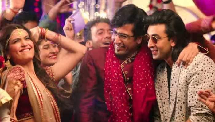 Bhopu Baj Raha Hain: Ranbir Kapoor, Vicky Kaushal and Karishma Tanna party in this unused song from 'Sanju'—Watch