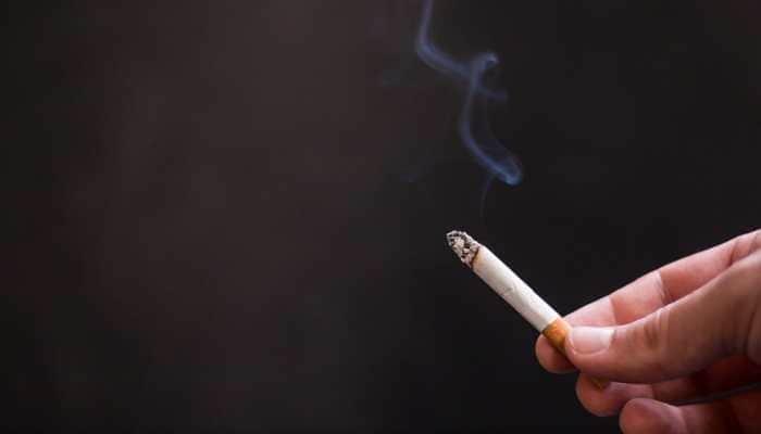 Passive smoking dangerous for pregnant women, causes stillbirths