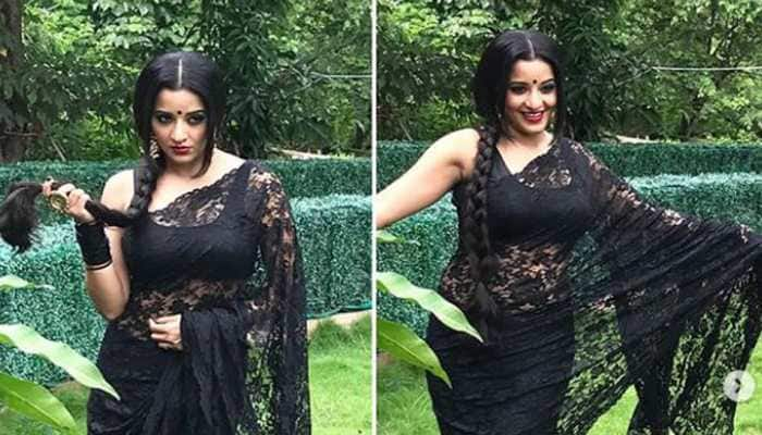 Monalisa looks dangerously beautiful in her 'daayan' avatar - See it to believe!