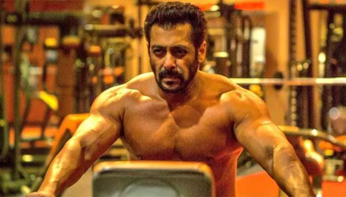 Salman Khan's first look from 'Bharat' is on 'fire'—See pic