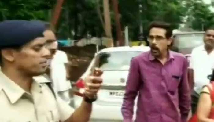Man claims he's MP CM's brother-in-law when stopped by traffic cops, Shivraj laughs it off