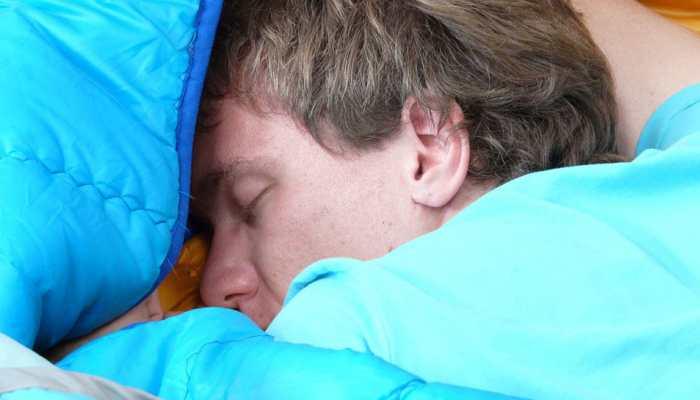 Inadequate sleep may fuel cardiovascular diseases in men