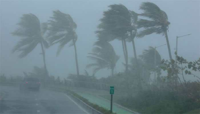 Deadly Hurricane Florence leaves 37 dead in US East Coast