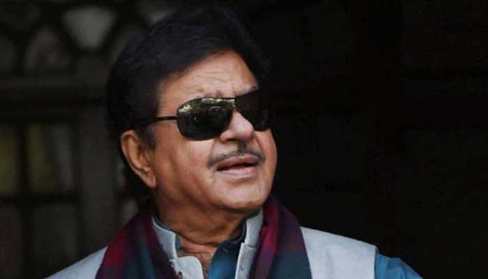 'One man show, two men army': Shatrughan Sinha's veiled attack on PM Modi-Amit Shah; alleges EVM tampering