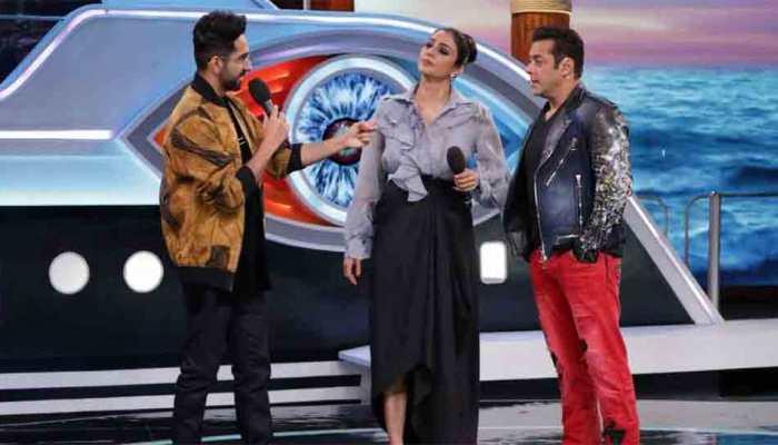Bigg Boss 12 Weekend Ka Vaar written updates: Salman Khan welcomes Tabu, Ayushmann Khurrana