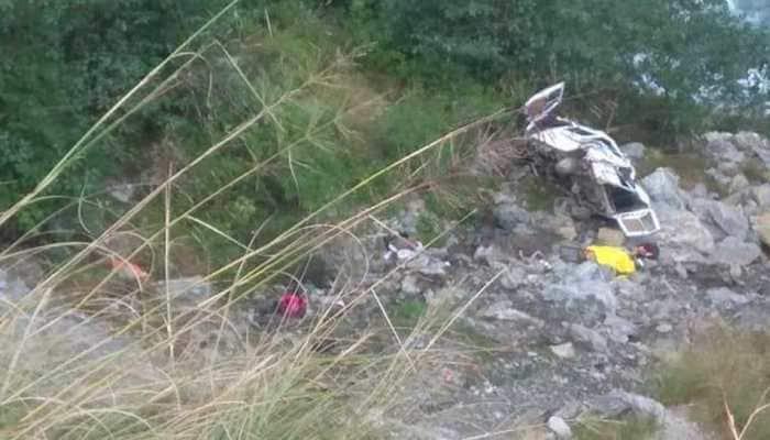 8 killed, 5 injured as bus rolls down gorge in Uttarakhand's Sonagarh