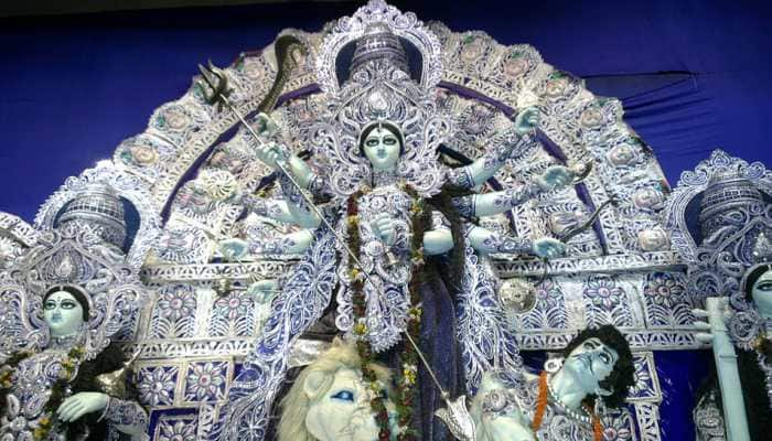 Navratri 2018, Day 3: Worship Maa Chandraghanta to bless you with courage!