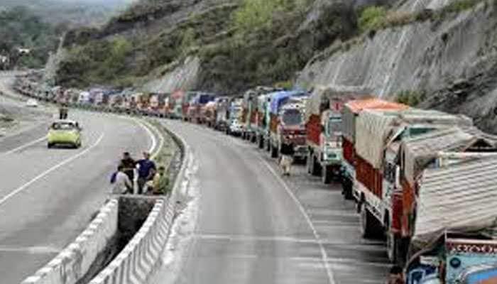 Jammu-Srinagar highway closed after landslide, one dead