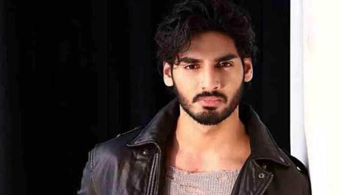 Sajid Nadiadwala ropes in Milan Luthria for Suniel Shetty's son Ahan's debut