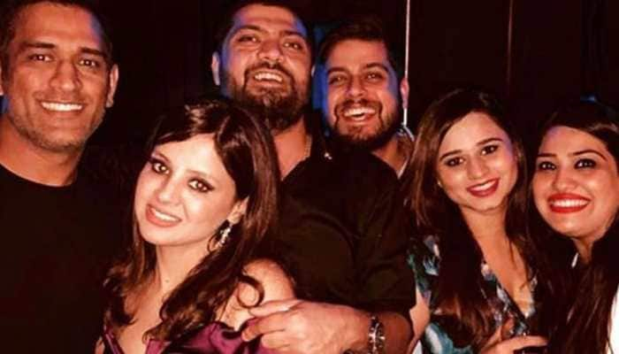 MS Dhoni's wife Sakshi Dhoni's birthday was a crazy, fun night—Watch videos