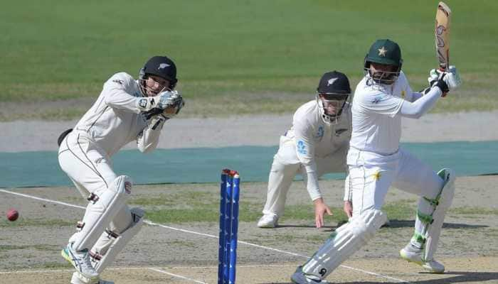 Gritty Azhar Ali leads Pakistan out of trouble against New Zealand