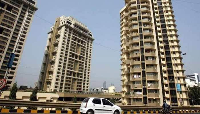 No GST on sale of complex, building, ready to move-in flats with completion certificate