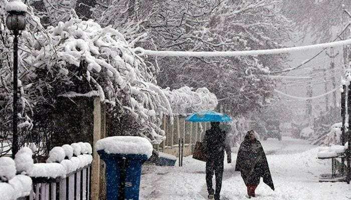 Jammu and Kashmir: Rain lashes plains, snowfall in higher reaches
