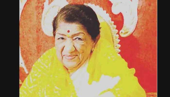 Lata Mangeshkar denies being hospitalised-Check out her tweet!